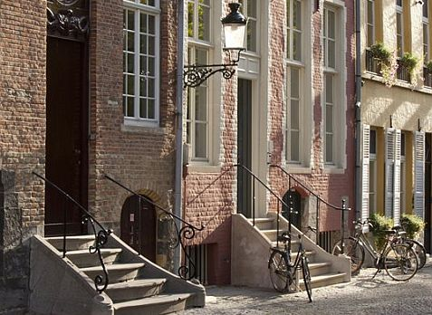 Elgin & Co. Image of Bruges by http://www.kaartenhuisbrugge.be/